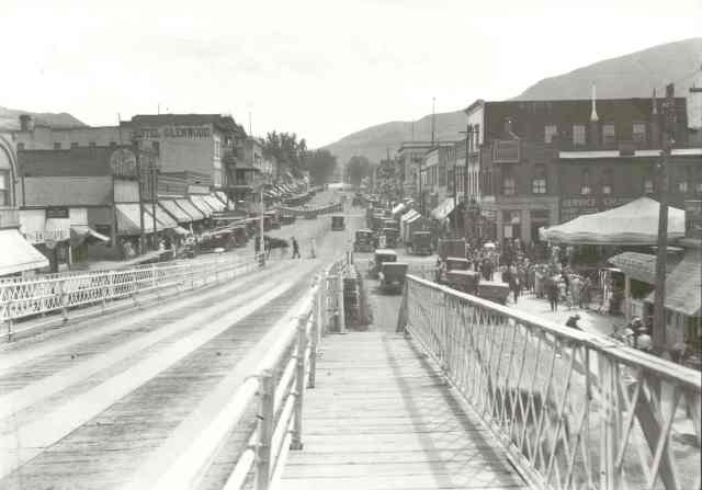 Grand Avenue looking south from the old wooden bridge - Courtesy of Frontier Historical Museum. Please do not reproduce.